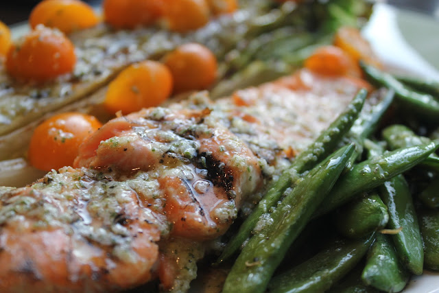 Grilled salmon and romaine