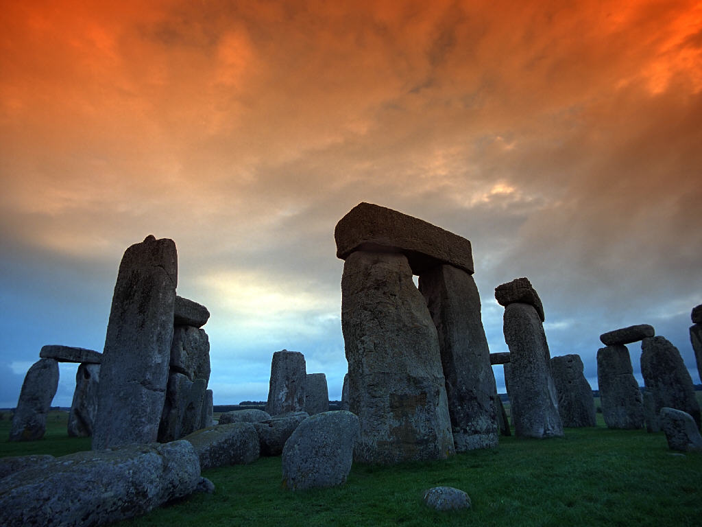 how to go to stonehenge from london by coach
