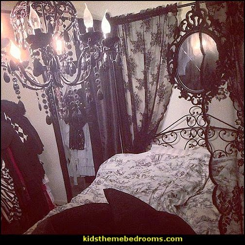 decorating theme bedrooms maries manor gothic. Black Bedroom Furniture Sets. Home Design Ideas