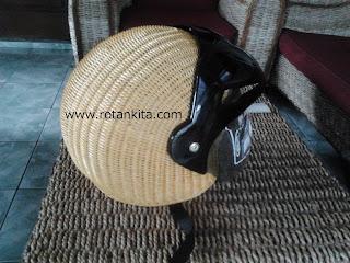 2012 02 16%2B15.15 Helm | Code : Helm1