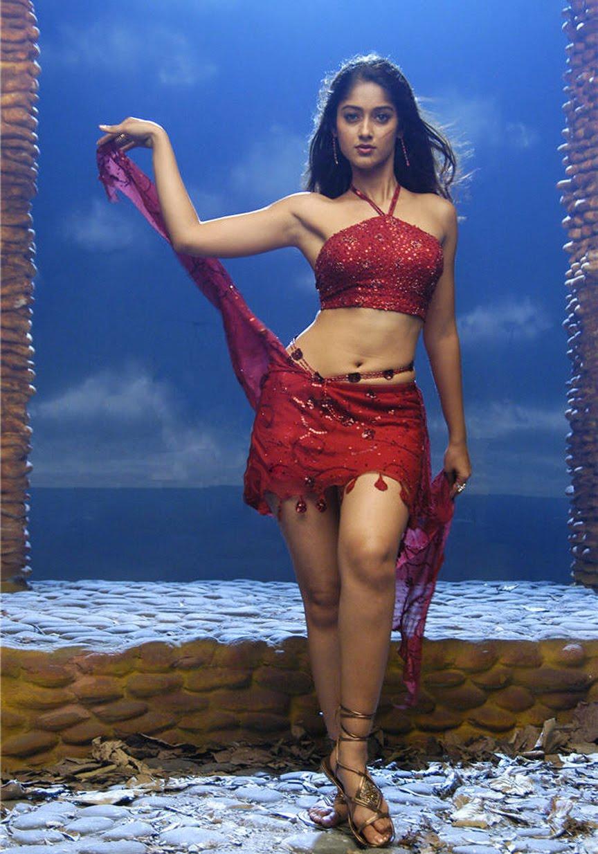 Reema Sen Hot Cleavage Closeup Images | Actress Photos