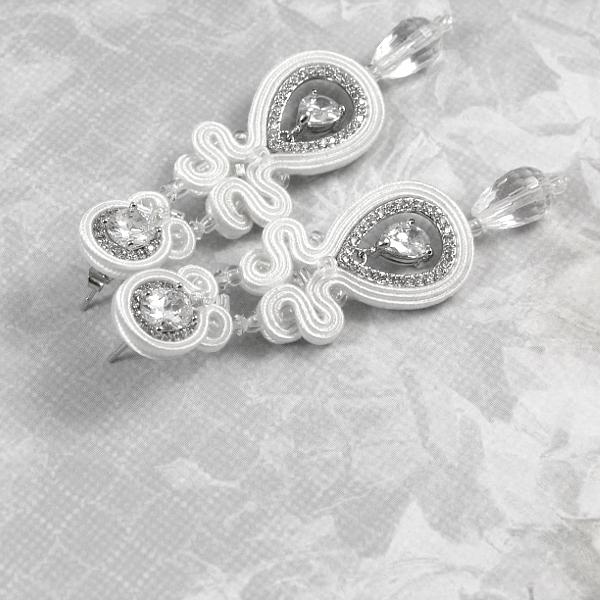Sutasz ślubny z kryształami