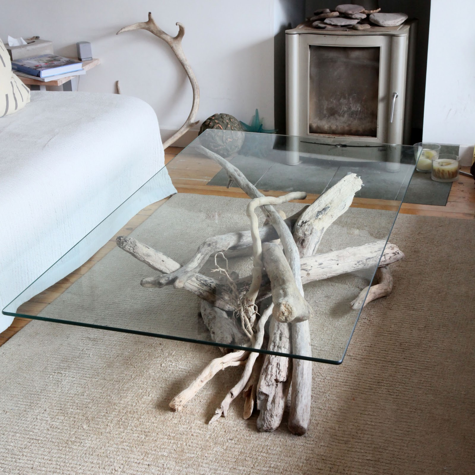Coffee Table Made From Driftwood: Natural Modern Interiors: Driftwood Coffee Tables & Side