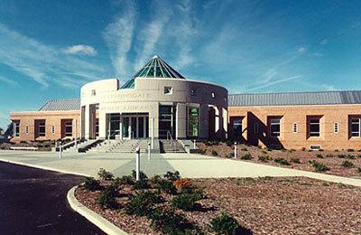 Farmingdale Public Library