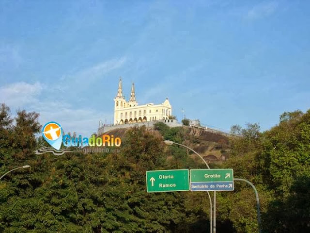 City tour Rio de Janeiro vista da Igreja da Penha da rua