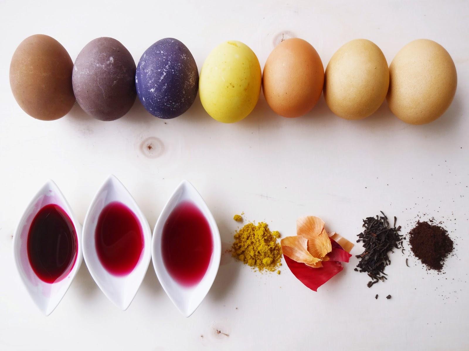 basteln malen kuchen backen eier f rben mit naturfarben. Black Bedroom Furniture Sets. Home Design Ideas