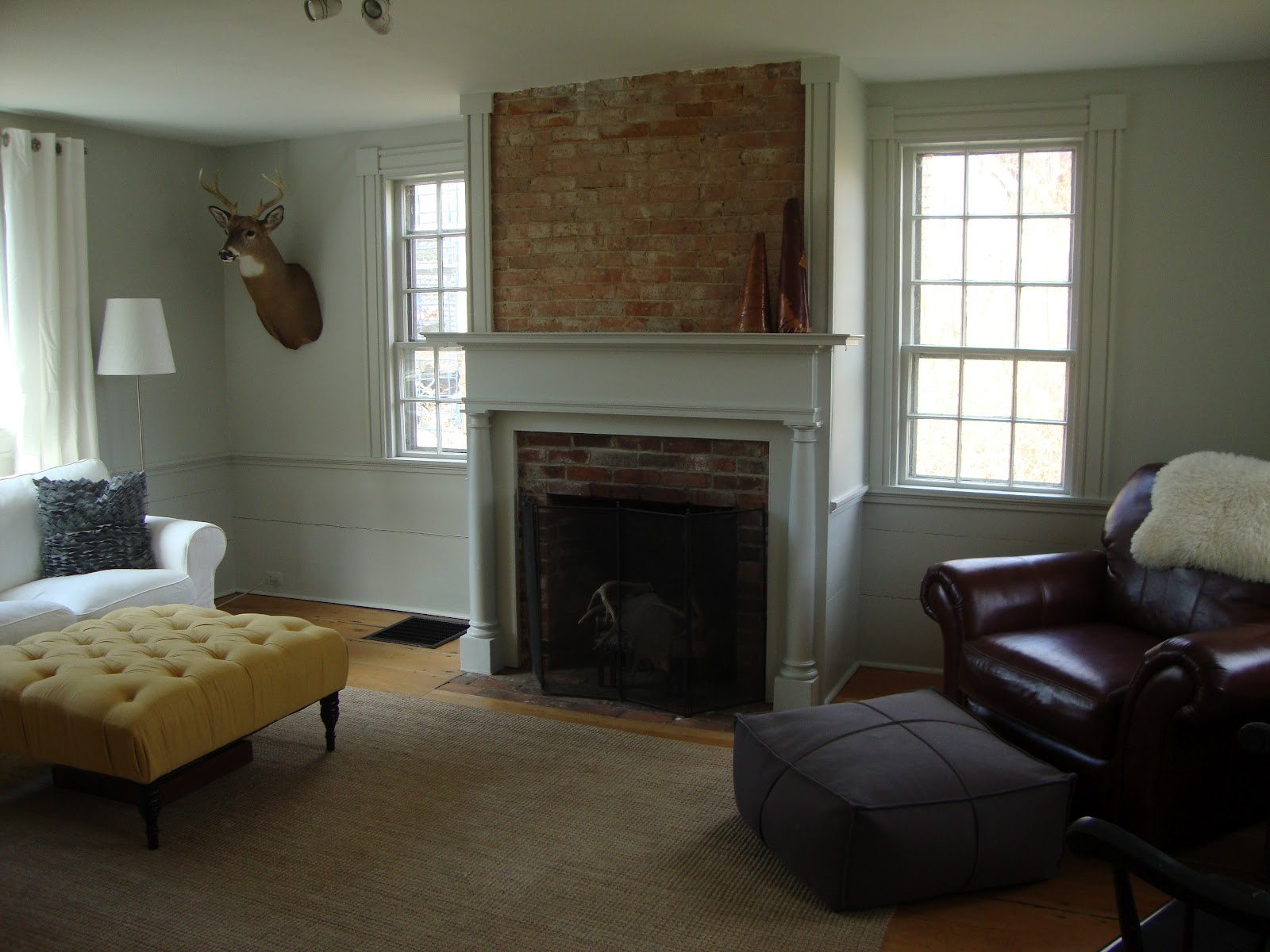 Lily 39 s house paint colors and a guest blogger - Benjamin moore paint for living room ...