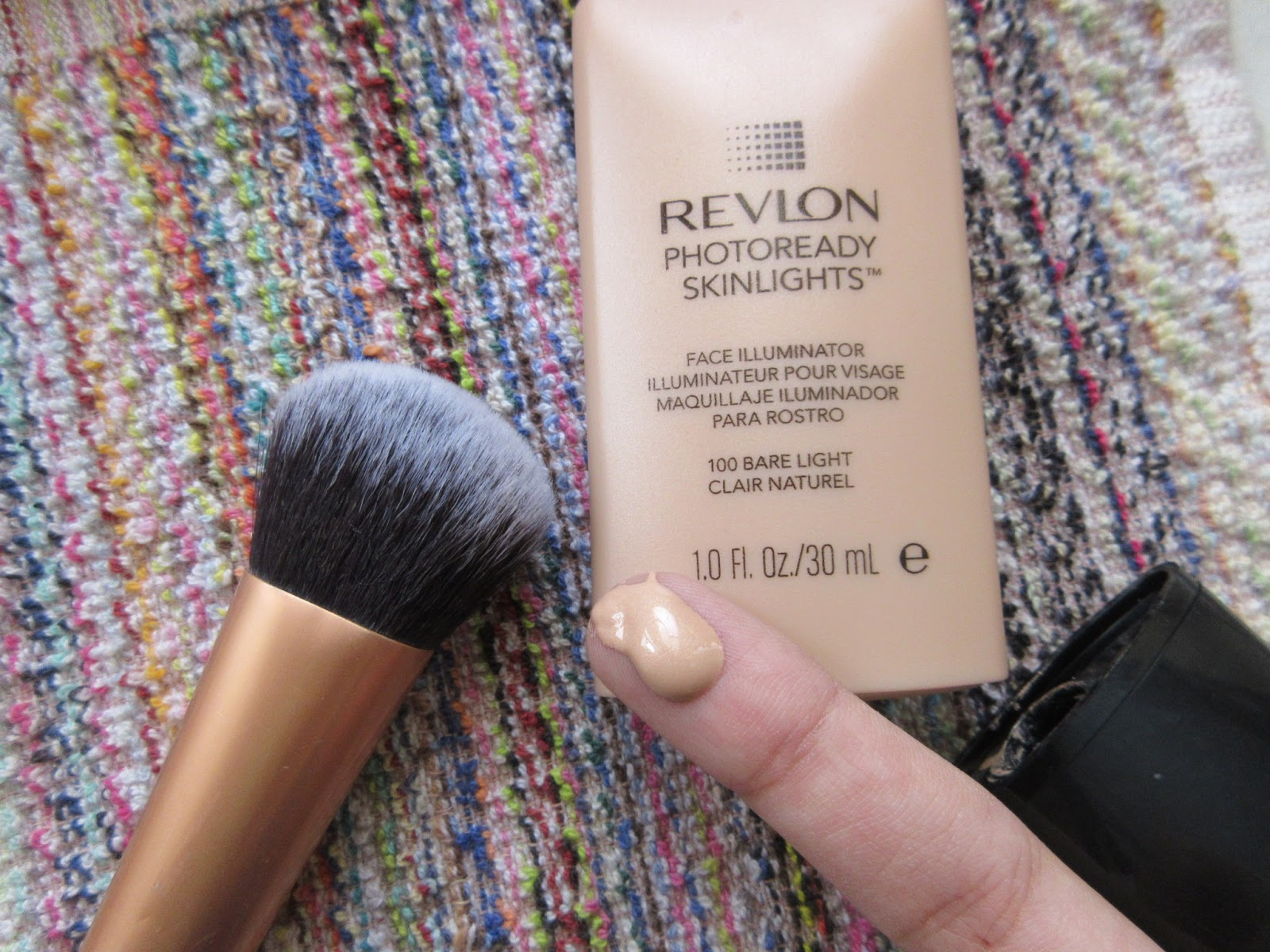 Revlon Photoready Skinlights Face Illuminator (Bare Light) Review ...