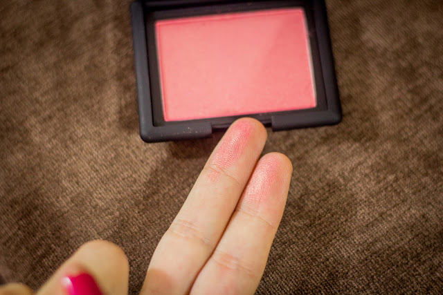 nars%2526penteados 26 Review: Blush Orgasm da Nars