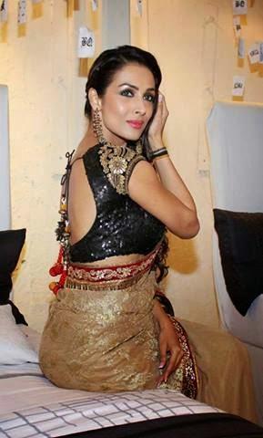 Malaika Arora Khan's hot stills hot big round cleavage exposed hot backless saree withour bra blouse hot bollywood actress