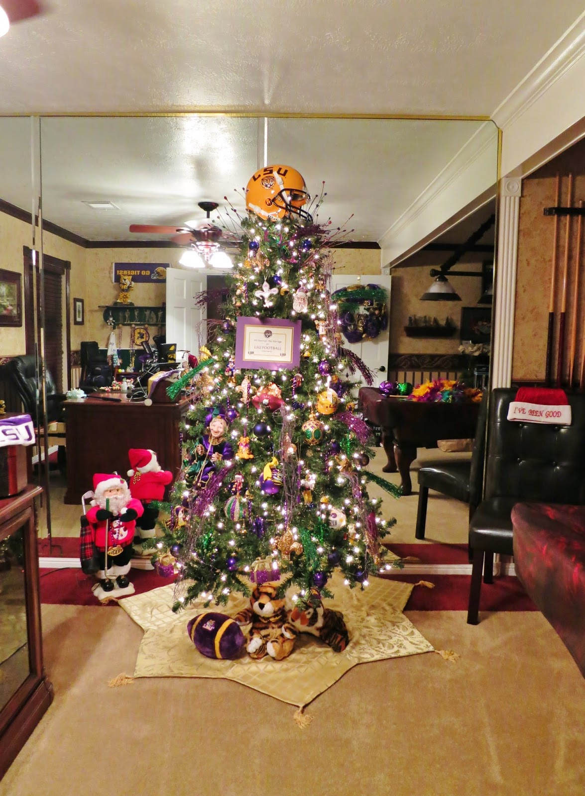 Life By The Pool. . .it's just BETTER!: LSU Christmas Tree