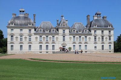 Carole's Chatter: Chateau Cheverny – Loire Valley, France