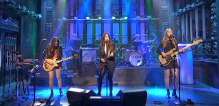 haim on snl was amazing