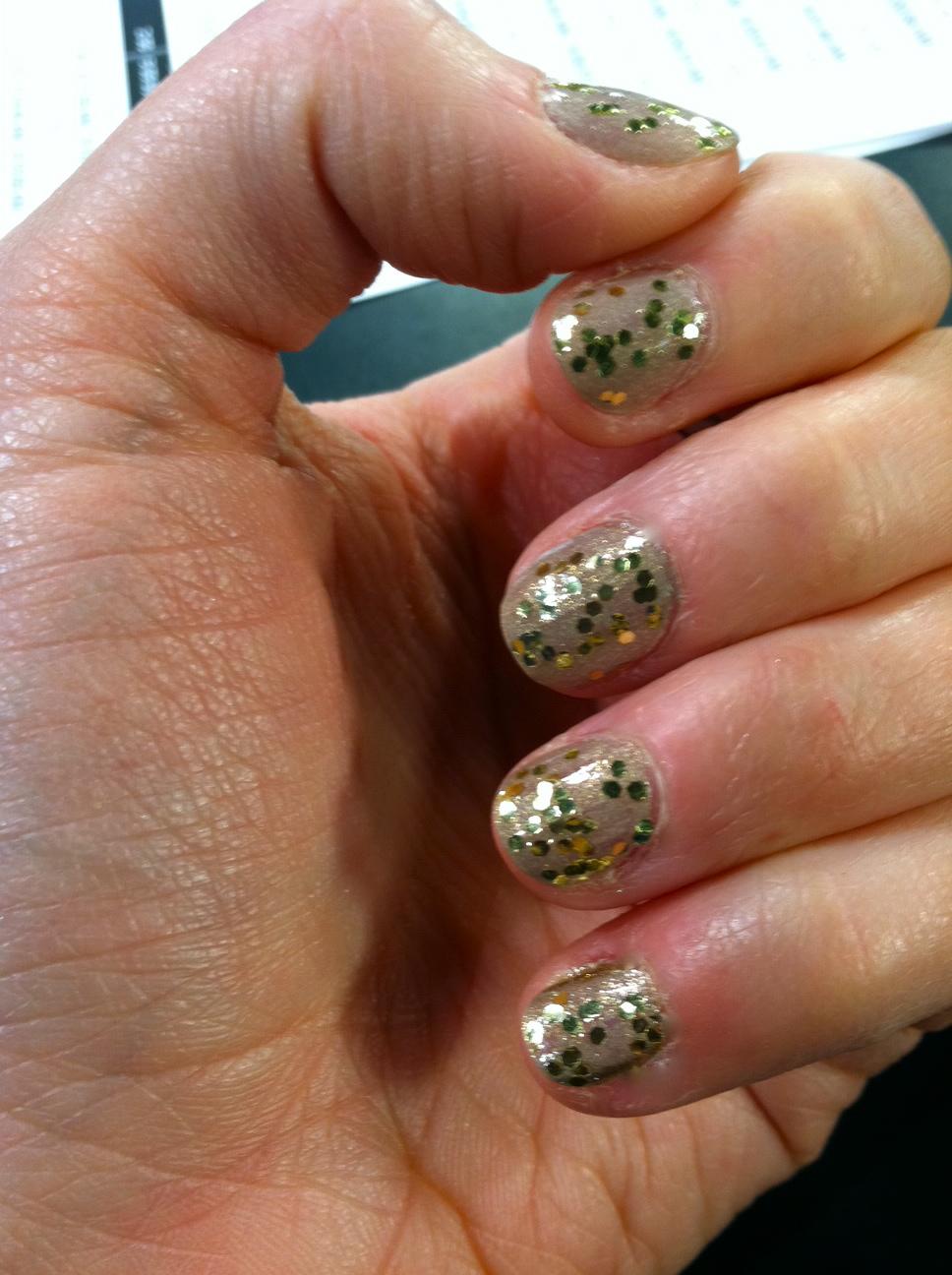 Gold Confetti Nails!