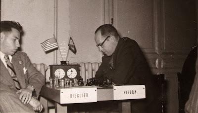 Partida de ajedrez Bisguier vs. Ángel Ribera