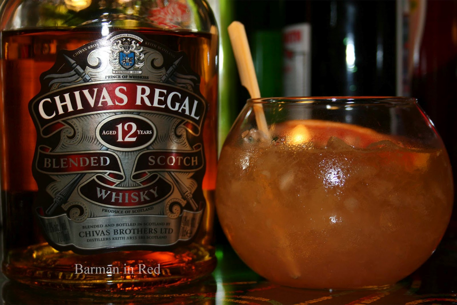 Cocktails con whisky chivas tokyo for Cocktail whisky miel