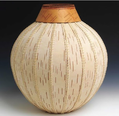 Dona Look - Algoma, Wisconsin - Basket #10-4, 2010 white birch bark and waxed silk thread - Photo credit: Tom Van Eynde Courtesy of Perimeter Gallery