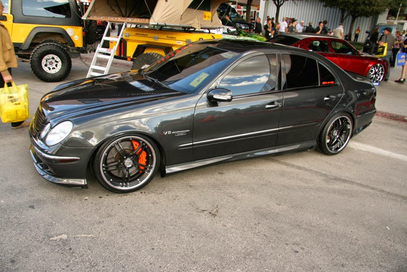 Modifikasi Mercedes Benz AMG E55