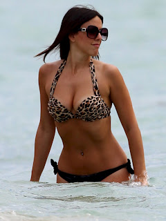 CLAUDIA ROMANI hot Bikini on Miami Beach