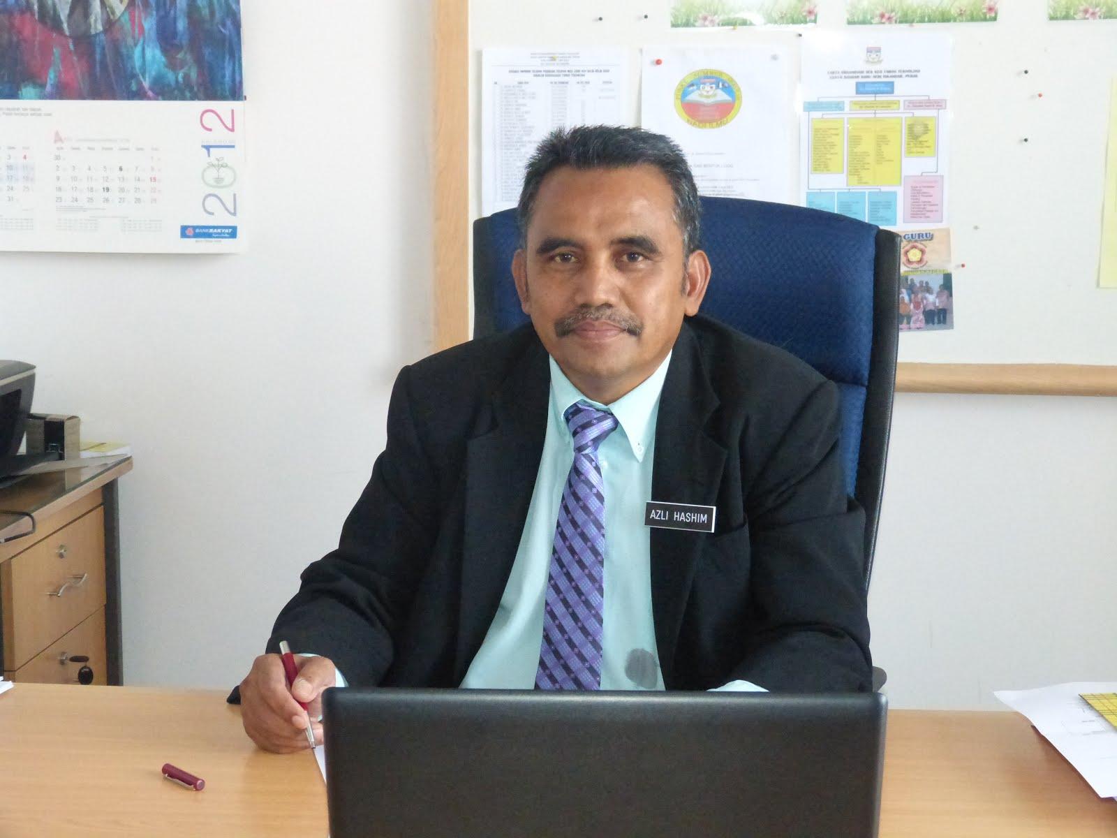 Guru Besar SKIP ( En  Azli B Hashim, PPT)