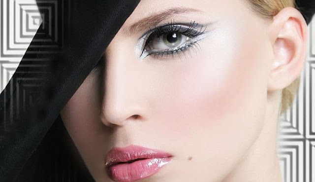 Shimmery Eyes with Pink Lipstick