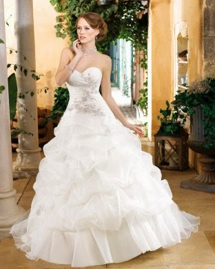 http://www.aislestyle.co.uk/simple-ball-gown-sweetheart-lace-ruching-sweepbrush-train-organza-wedding-dresses-p-829.html#.U59kQS8gaag