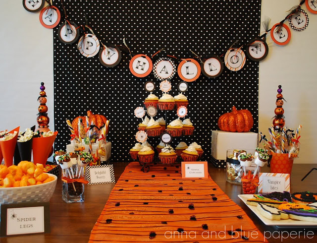 elements of design emphasis Halloween table