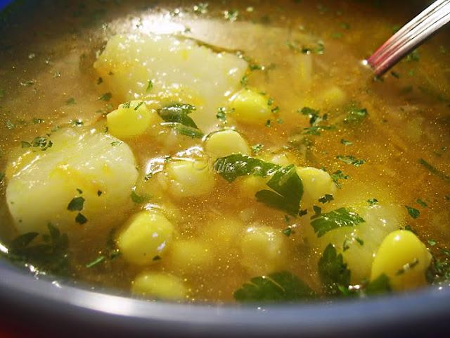 Supa aromata cu porumb
