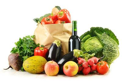Composición de vegetales selectos y bolsa de mandado