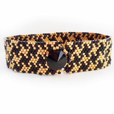 https://www.etsy.com/listing/169129293/houndstooth-bracelet-in-gold-and-black