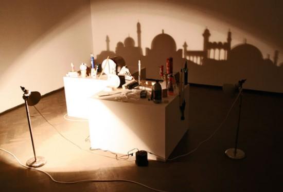 الرسم بالظل shadow-paintings4-550x375.jpg