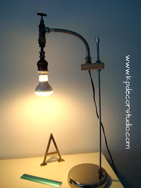Lampara para escritorio original, vintage. Comprar lamparas artesanales