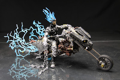 Non Tf Steampunk Ghost Rider With Electrifying Bike