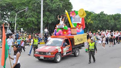 fotos-desfile-de-los-colegios