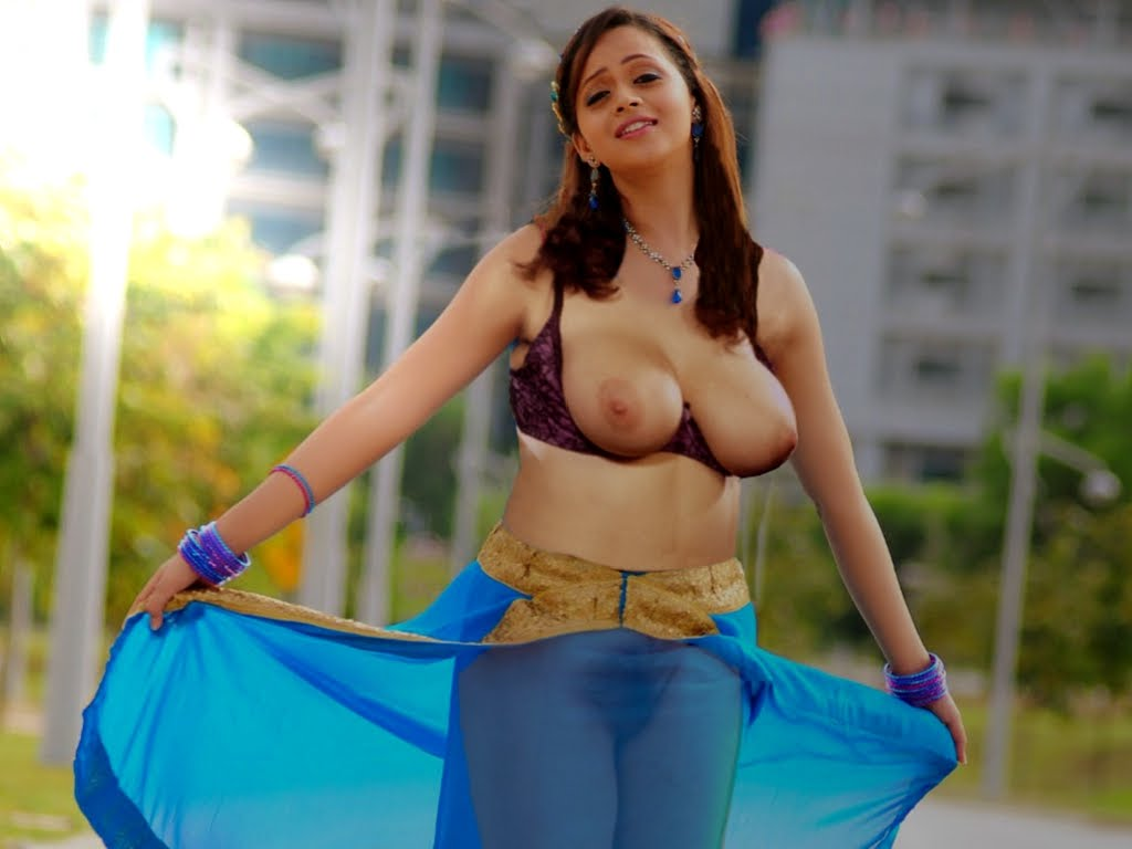 nude photos of bhavana