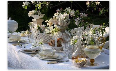 """Décoration de table de mariage """"blanche et printanière"""""""