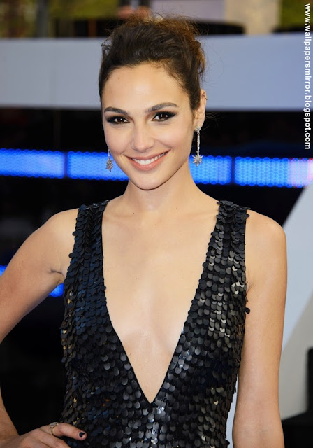 Gal Gadot hot hd wallpapers latest
