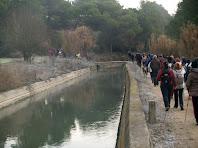 Avançant paral·lels al Canal de la Mina