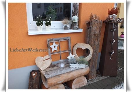 liebeartwerkstatt weihnachtlich vor der haust r. Black Bedroom Furniture Sets. Home Design Ideas