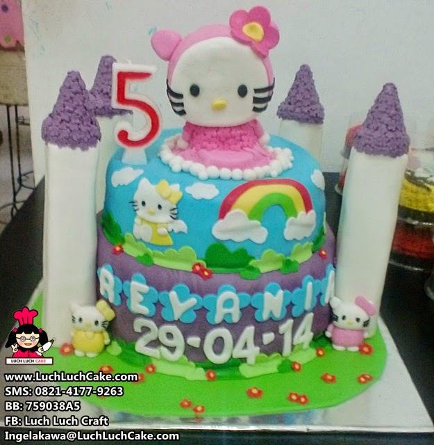 Kue Tart Ulang Tahun Hello Kitty Tingkat