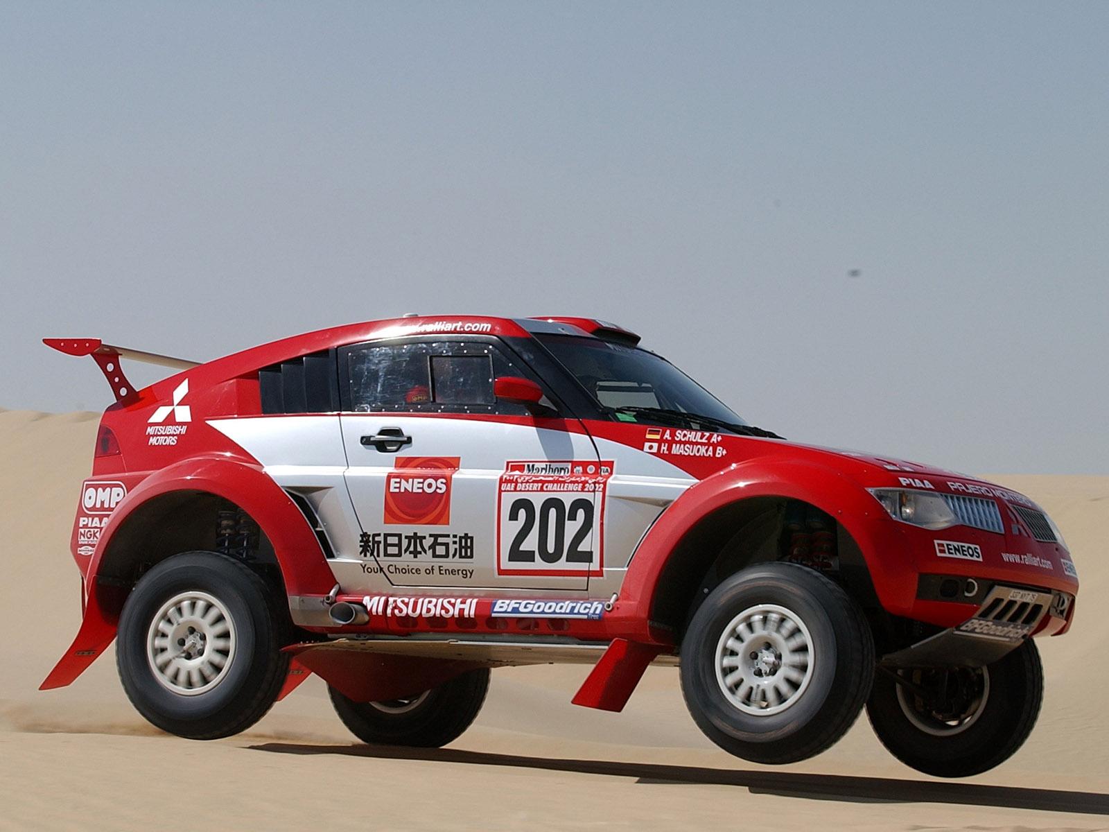 http://3.bp.blogspot.com/-WL0ewd29g6Y/T6YKXfcAWQI/AAAAAAAAA5o/C2ZUEuZ_7MU/s1600/Mitsubishi+Pajero+Sport+Car+Pictures.jpg