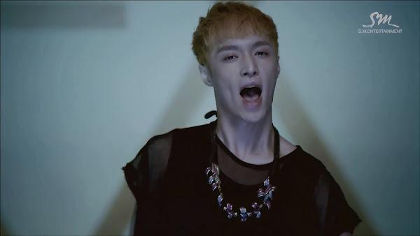 EXO Wolf Lay
