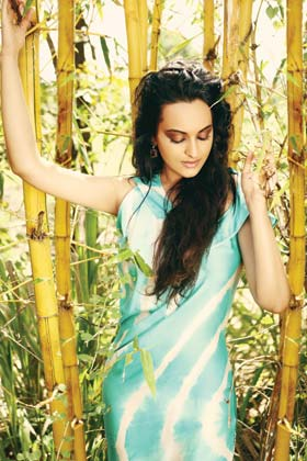 Sonakshi Sinha L'Officiel India Scan1 - Sonakshi Sinha L'Officiel India Scans - Jan 2012