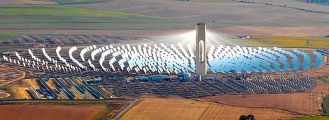 PS10 solar power plant, Seville, Spain