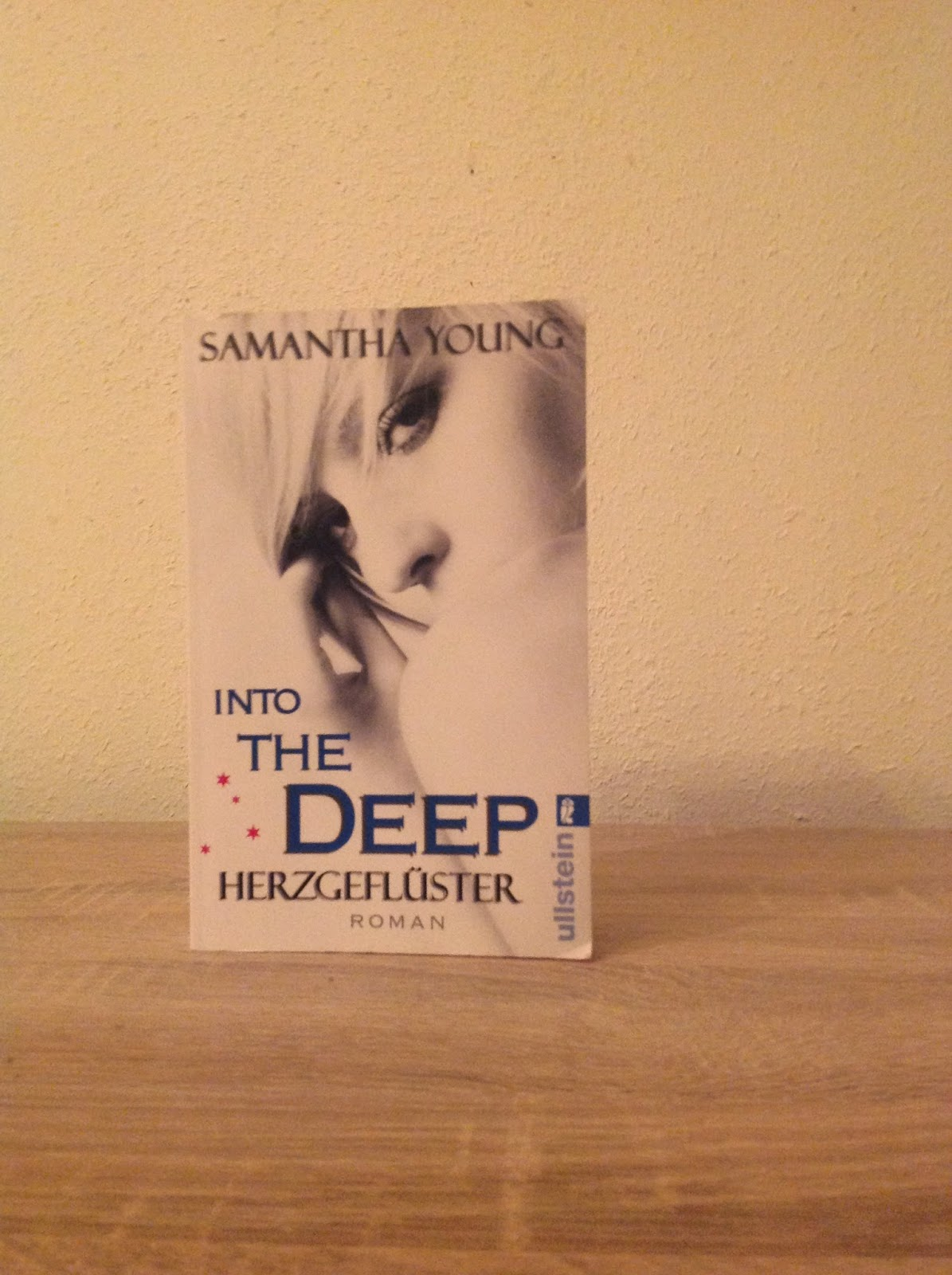 Cover Bild: Into the deep Herzgeflüster von Samantha Young