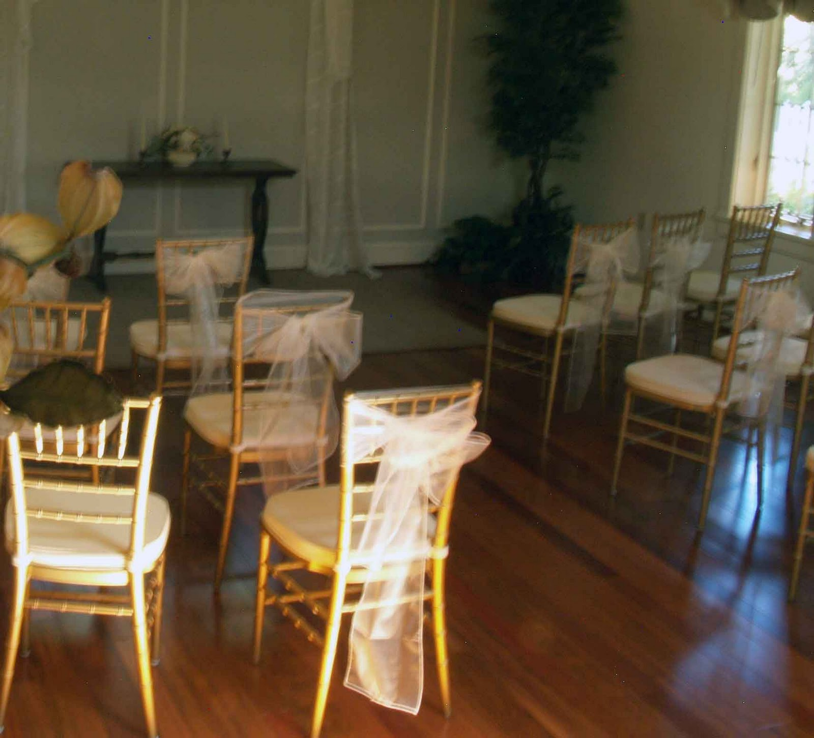 Wedding ceremony chair - These Photos Are From Weddings At The Thomas Birkby House And Wows For Other Suggestions Search Wedding Ceremony Chair Decorations On The Internew Or Ask