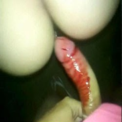 Tirando a Virgindade da Menina - http://www.videosamadoresbrasileiros.com