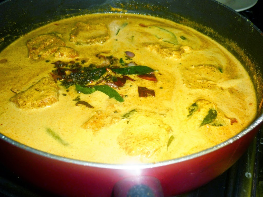 deepsrecipes cooking bengali fish curry
