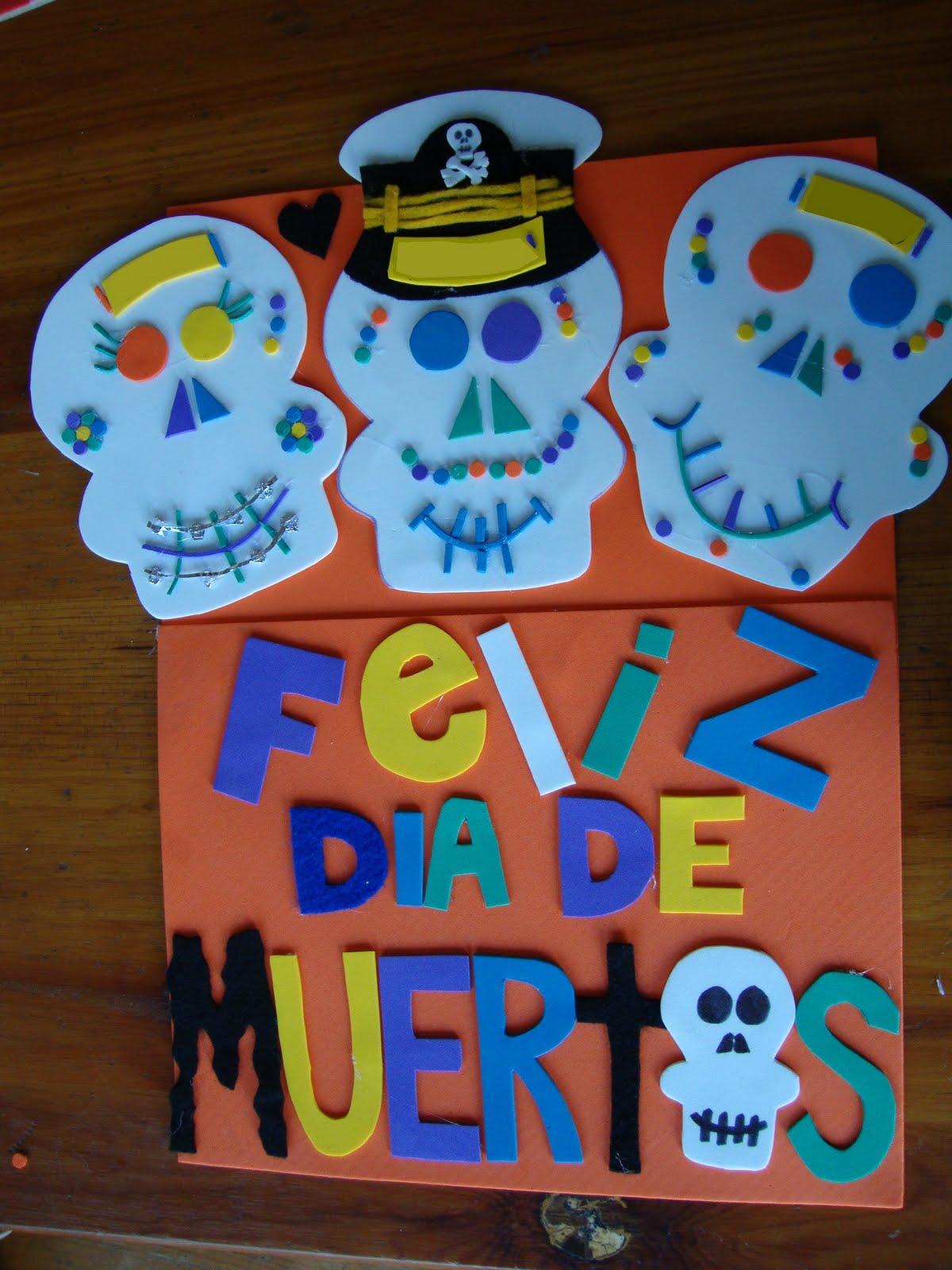 Nuestra vida dia de muertos manualidades 2 for Adornos de dia de muertos para puertas