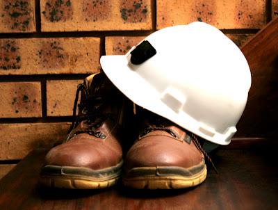 środki ochrony indywidualnej, odzież i obuwie robocze